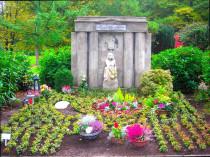 Urnengemeinschaftsgrab, Parkfriedhof, Friedhofsgarten pflegen